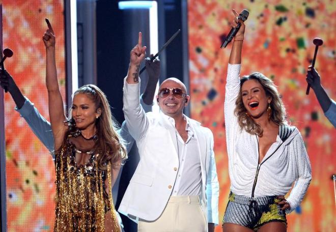 img-609302-claudia-leitte-a-primeira-brasileira-a-cantar-no-billboard-a20140518221400461439